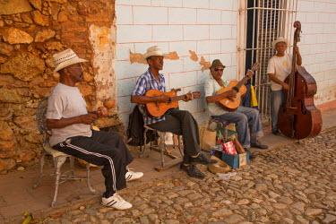 CA11JME0145 Cuba, Trinidad, street musicians, Trinidad and the Valley de los Ingenios is a UNESCO World Heritage Site