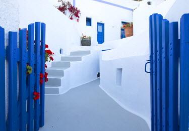 GRE1199AW Greece, Santorini, Imerovigli. A typical whitewashed building of Santorini.