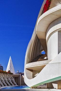 SPA7013 Architectural detail of the El Palau de les Arts Reina Sofia, Opera House , part of the Ciutat de les Arts i les Ciencies complex designed by the Architect / Engineer Santiago Calatrava Valls, located...