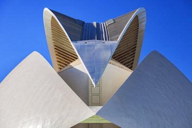 SPA7014 Architectural Roof detail of the El Palau de les Arts Reina Sof�a, Opera House , part of the Ciutat de les Arts i les Ciencies complex designed by the Architect / Engineer Santiago Calatrava Valls, lo...