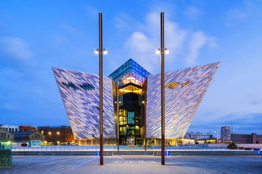 NIR8867AW United Kingdom, Northern Ireland, County Antrim, Belfast. Located on Queen's Island in the Titanic Quarter, Titanic Belfast stands on the site of the former Harland & Wolff shipyard where the RMS Tita...