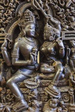 TPX53811 England, London, British Museum, Asian Room, Sculpture depicting Shiva and Parvati from Orissa in India dated 12th-13th century