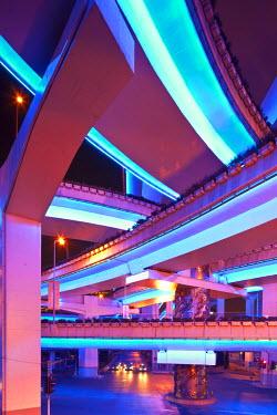 HMS0508341 China, Shanghai, Yan'an East Road Motorway Interchange at dusk