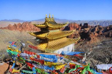 HMS0909464 China, Qinghai, Amdo, Jiantsa county, Khamra National Park, Namzong, 3 scholars hermitage