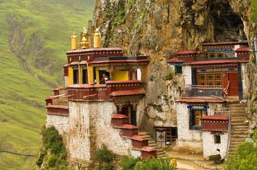 HMS1390490 China, Tibet, U Tsang province, Drak Yerpa cave hermitage, at 4000 m altitude