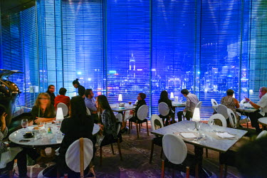 HMS1826659 China, Hong Kong, Kowloon District, The Peninsula hotel, panoramic Felix restaurant drawn by the architect Philippe Starck with a view of the island of Hong-Kong