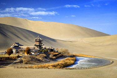 HMS2428081 China, Gansu Province, Dunhuang, Crescent Lake (Yueyaquan), temple in the desert surrounded by frozen sand dunes