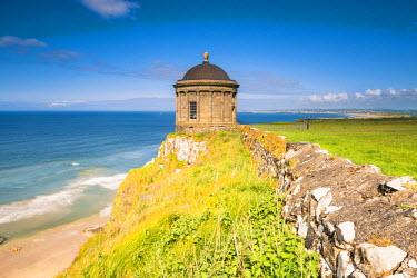 IRL0479AWRF Mussenden temple, Castlerock, County Antrim, Ulster region, northern Ireland, United Kingdom.