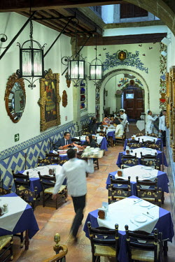 MX03584 Mexico, Mexico City, Cafe De Tacuba, 1912 Restaurant, Traditional, Seventeenth Century Building, Breakfast,