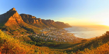 SA01175 South Africa, Western Cape, Cape Town, Table Montain, Twelve Apostles and Camp's Bay from Lion's Head