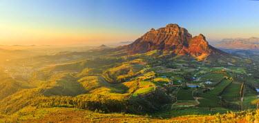 SA01179 South Africa, Western Cape, Stellenbosch, Aerial view of Simonsberg Mountain range and Stellenbosch Winelands