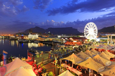 SA01185 South Africa, Western Cape, Cape Town, V&A Waterfront, Victoria Wharf