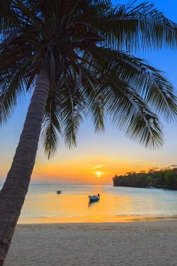 GN018RF Caribbean, Grenada, Morne Rouge Beach