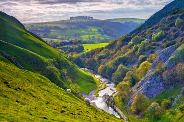 UK07212 UK, England, Derbyshire, Peak District National Park, Dovedale, River DoveAlan Cop