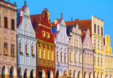 CZE1645AWRF Czech Republic, Vysocina Region, Telc. Facades of Renaissance and Baroque houses on Namesti Zachariase z Hradce.