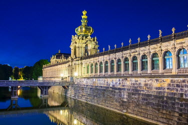 GER9210AW Germany, Saxony, Dresden, Altstadt (Old Town). Zwinger Palace at night, built in Rococo style and designed by court architect Matth�us Daniel P�ppelmann.