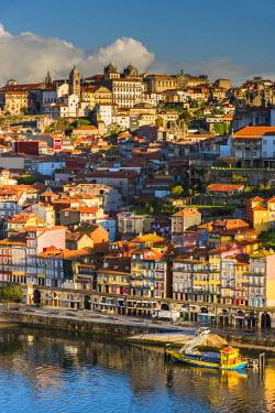 POR8988AW City skyline with Douro river, Porto, Portugal
