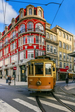 POR9000AW Heritage tram in Porto, Portugal