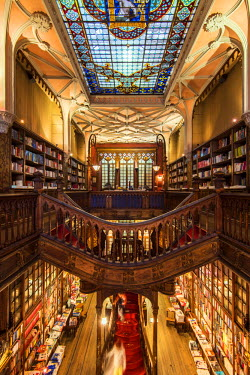 POR9009AW Livraria Lello & Irmao bookstore or Lello bookstore is one of the oldest in Portugal and is rated among the top bookstores in the world, Porto, Portugal