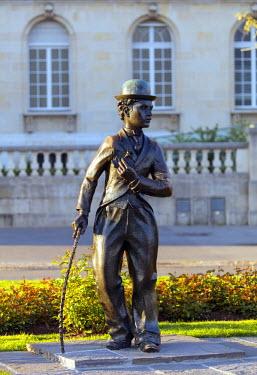 SWI7792 Europe, Switzerland, Vaud, Vevey, Charlie Chaplin statue