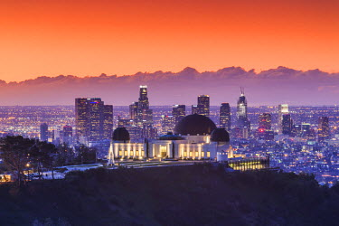 USA, California, Los Angeles, elevated view of the Griffith Park Observatory and Downtown Los Angeles, dawn