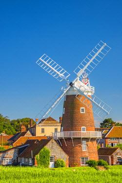 UK07829 UK, England, Norfolk, North Norfolk, Cley-next-the-Sea, Cley Windmill