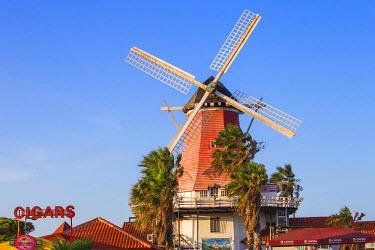 AA031RF Caribbean, Netherland Antilles, Aruba, Old Dutch Windmill