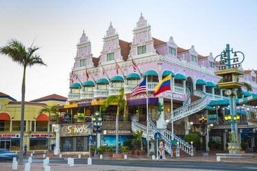 AA01105 Caribbean, Netherland Antilles, Aruba, Oranjestad, Royal Plaza Mall