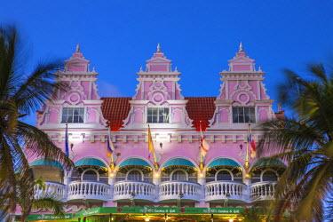 AA01106 Caribbean, Netherland Antilles, Aruba, Oranjestad, Royal Plaza Mall