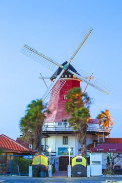 AA01118 Caribbean, Netherland Antilles, Aruba, Old Dutch Windmill