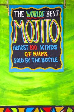 CC01118 Curacao, Willemstad, Punda, Rum shop