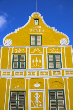 CC01135 Curacao, Willemstad, Punda, The Penha building - a former merchants house built in 1708, located Handelskade along Punda's waterfront