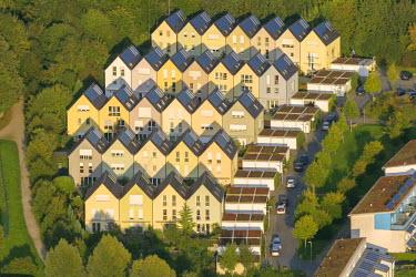 IBLBLO03769066 Aerial view of 'Sonnenhof' solar village, Bismarck, Gelsenkirchen, North Rhine-Westphalia, Germany