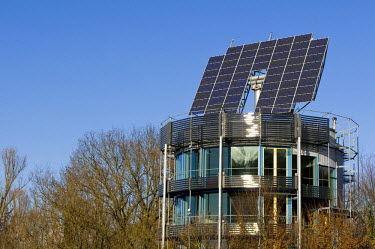 IBLDJS01379920 Roof with solar system, ecological Vauban district in Freiburg, Baden-Wuerttemberg, Germany