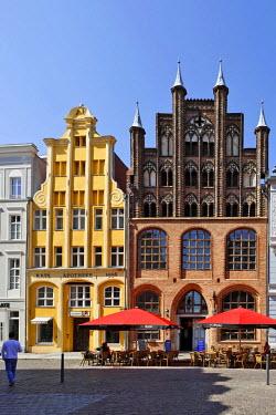 IBLHAN00632734 Old Market, Stralsund, Mecklenburg-Western Pomerania, Germany
