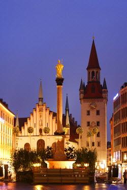 IBLMAN00851684 Marian Column, Old Town Hall, Marienplatz Square, Munich, Bavaria, Germany