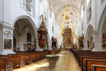 IBLMAN01953778 Parish church of the Assumption, Landsberg am Lech, Upper Bavaria, Bavaria, Germany