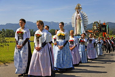 IBLMSI00107731 Feast of Corpus Christi procession Wackersberg Upper Bavaria Germany