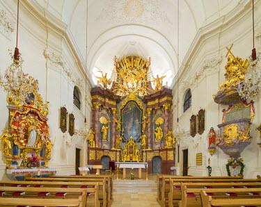 IBLHAN01847591 St. Mary's altar and high altar, Church of St. James the Elder, Kirchberg, Bucklige Welt, Lower Austria, Austria