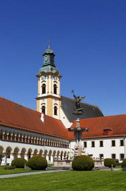 IBLMAN01164621 Augustinian chapter of canons monastery, Reichersberg, Innviertel, Upper Austria, Austria