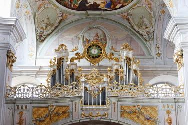 IBLMAN01681113 Organ, Maria Langegg pilgrimage church, Dunkelsteinerwald, Wachau, Mostviertel region, Lower Austria, Austria