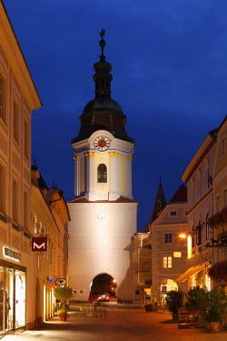 IBLMAN01738027 Obere Landstrasse street with Steiner Tore gate tower, old town, Krems, Wachau, Waldviertel region, Lower Austria, Austria