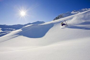 IBLVCH01125018 Freerider, falling in the deep snow, Hochfuegen-Kaltenbach, Zillertal Alps, North Tyrol, Austria