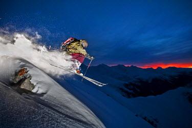 IBLVCH02020084 Freerider, skier, snowy landscape, Arlberg mountain range, northern Tyrol, Austria