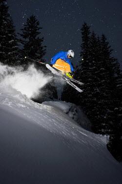 IBLVCH02020110 Freerider, skier jumping, snowy landscape, northern Tyrol, Austria
