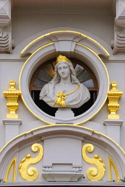 IBLDOB03568464 Saint Boniface, Saint Bonifatia, patron of merchants and traders, detail on Chaloupe d'Or, Grote Markt, Grand Place, Brussels, Brussels Region, Belgium