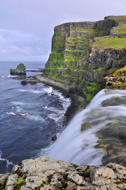 IBLOMK02121531 Drifandi waterfall, Drifandisbjarg, east coast of Hornstrandir, Westfjords, Iceland