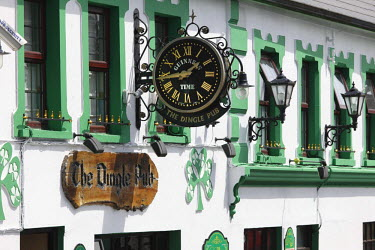 IBLMAN01588996 The Dingle Pub, Dingle, County Kerry, Ireland, British Islands