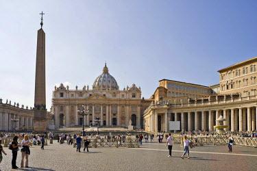 IBLHAN00600177 St. Peter �Ģs Basilica, Rome, Italy