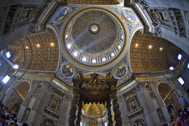 IBLHAN00600603 Crossing, cupola, and Bernini's canopy, interior of St. Peter �Ģs Basilica, Rome, Italy